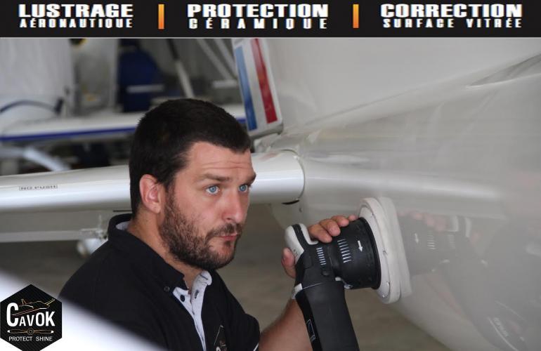 Polissage et lustrage aéronautique